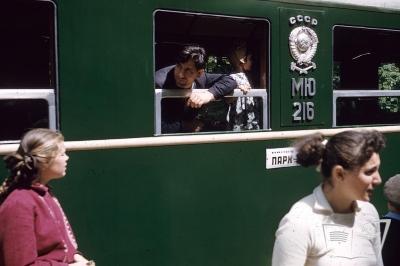 Состав из вагонов Pafawag на ст. Парк