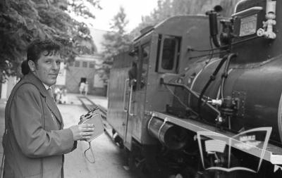 Кв4-039 с поездом прибывает на ст. Парк