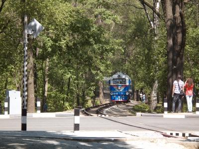 ТУ2-054 с составом 'Украина' приближается к ст. Парк