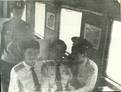 Юные железнодорожники в мягком вагоне состава 'Орлёнок'