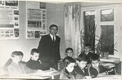 Инструктор Луговой Михаил Семёнович ведет занятие