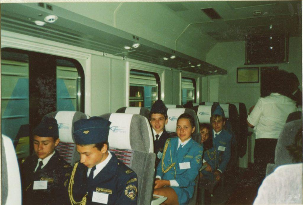 Юные железнодорожники Малой Южной - первые пассажиры Столичного Экспресса Киев-Харьков